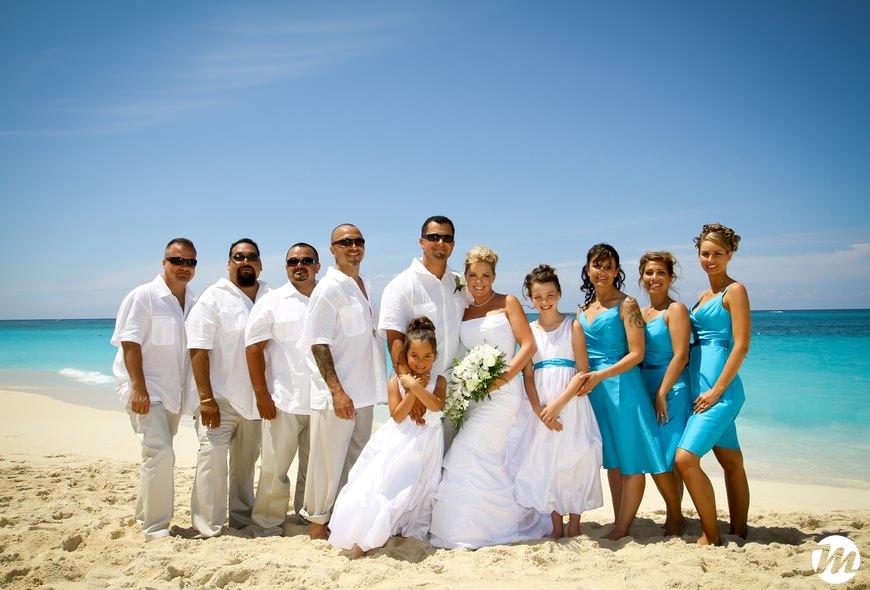 f12cf3ec16c5 12-RIU-Palace-Paradise-Island-Wedding - Bahamas Wedding Photographer ...